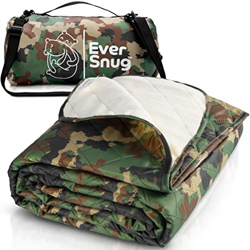 EverSnug Large Waterproof Outdoor Blanket - Extra Thick Premium Quilted Fleece, Waterproof & Windproof, Great for Camping, Picnics, Beaches, Stadiums, Dogs (Camo)