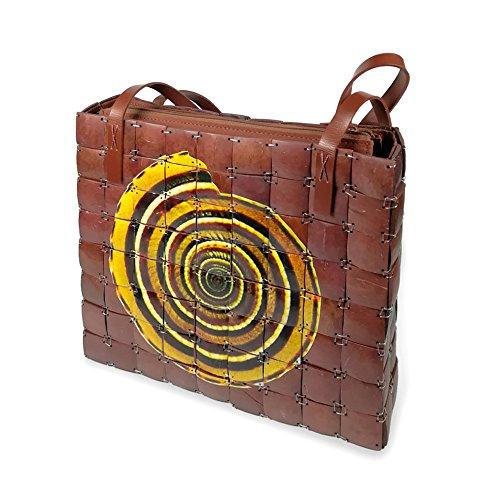PERLETTI Damen Schultertasche aus Bambus - Etnische Handtasche für Frauen - Handgefertigt - 27x24x6.5 cm - Reißverschluss (Braun Muschel Motiv)