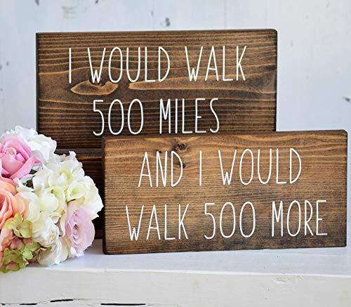"""CELYCASY Schild mit Aufschrift """"I Would Walk 500 Miles"""", für Stühle, Aufschrift Bride and Groom, rustikal, Hochzeit, Herz-Motiv, Tischdekoration, Mr and Mrs, Holzstühle, Schilder"""