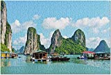 Bernice Winifred Floating Village & Rock Islands, Halong Bbay, Vietnam - Puzzle pour adultes-500 Piece 15In X 20.5In