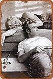 Marilyn Monroe and James Dean poster Carteles de chapa vintage Cartel de chapa Retro Letrero de metal Placa Arte Decoración de pared 8 × 12 Pulgadas