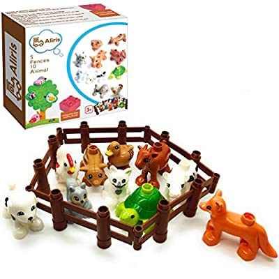 Aliris 10 Farm Animals - 5 Fences - Family Pets Figures for Toddler - Compatible with Leading Brand Building Bricks