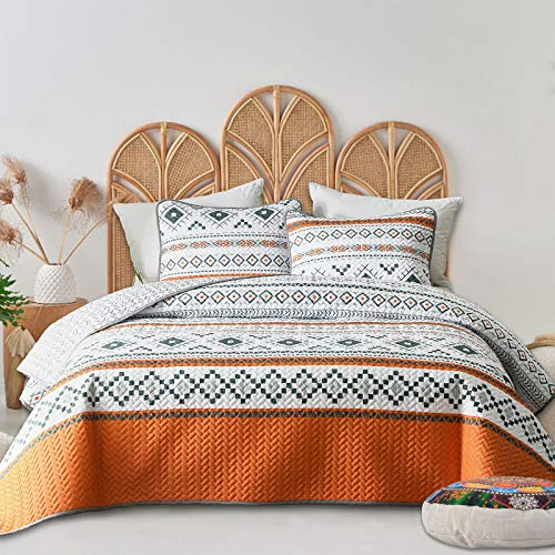 FlySheep 3-Piece Geometric Orange Tribal Twin Quilt Set, Colorful Boho Lightweight Summer Bedspread/Coverlet, Brushed Microfiber for All Season - 104x90 inches