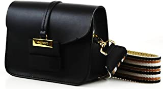 Genuine leather shoulder bag, fashionable, small, black with golden accsesorios. 100% Made in Italy