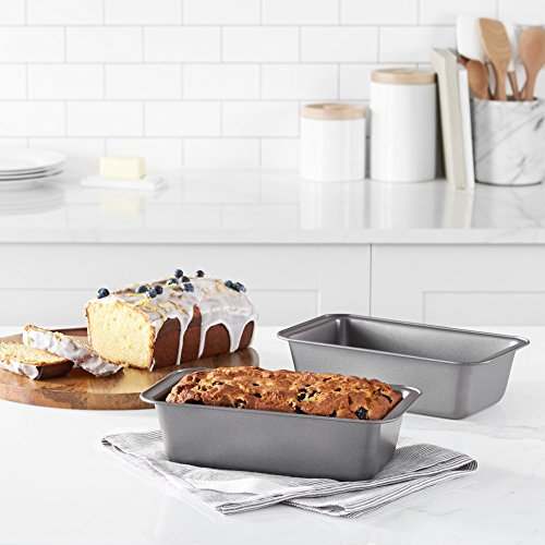 Amazon Basics Nonstick Baking Bread Loaf Pan, 9.5 x 5 Inch, Set of 2