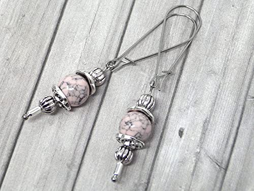 Pendientes Thurcolas de estilo vintage en turquesa rosa reconstituida montados sobre elegantes aros de acero inoxidable