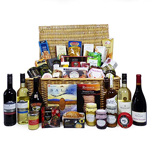 The Deluxe Food and Drink Hamper - Large Luxury Wicker Basket with 46 Gourmet Food Items, 4 Bottles of Fine Wines & Baileys Irish Cream - Gift ideas for Mum, Valentines, Mothers Day, Corporate, Business gifts, Birthday, Wedding, Anniversary, Dad, Fathers