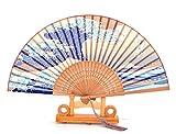 Abanico de seda y bambú plegable hecho a mano, diseño de olas azules y blancas con rosas chinas, viene con fundas y caja de regalo incluidas para bodas, fiestas o regalos
