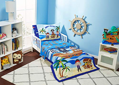 EVERYDAY KIDS 4 Piece Toddler Bedding Set - Pirates Treasure Hunt - Includes Comforter, Flat Sheet, Fitted Sheet and Reversible Pillowcase