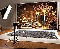 新しいハッピー2019新年のお祝いの背景7x5ft写真の背景ホースシューシャンパンワイングラスパインコーンパイン針スノーフレーク花火夜空フェスティバルパーティー