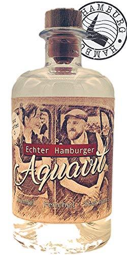 ECHTER HAMBURGER AQUAVIT ; gebrannt in der kleinsten Destille Hamburgs, aus Kümmel, Fenchel und Sternanis; mild und würzig. typisch nordisch