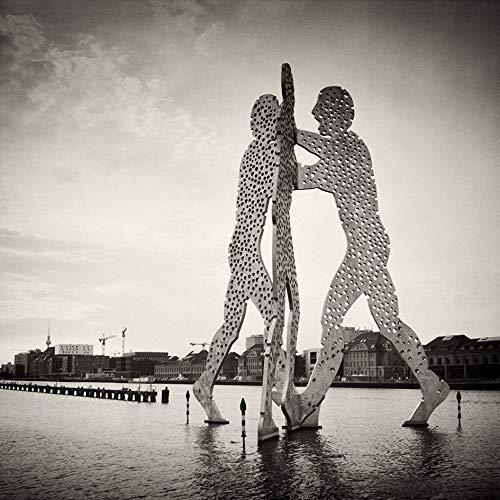 Berligram - Fine Art Fotografie aus Berlin, Molecule Man (Analogfotografie), Foto auf Holz, 10x10cm