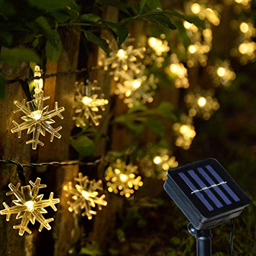 Solar Christmas Lights, Outdoor Snowflake Lights, 50 LED Warm White Snowflake String Lights for Outside Christmas Decorations Xmas Tree Fence Pathway Decorations
