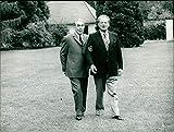 Leonid Breschnew und Willy Brandt - Vintage Press Photo