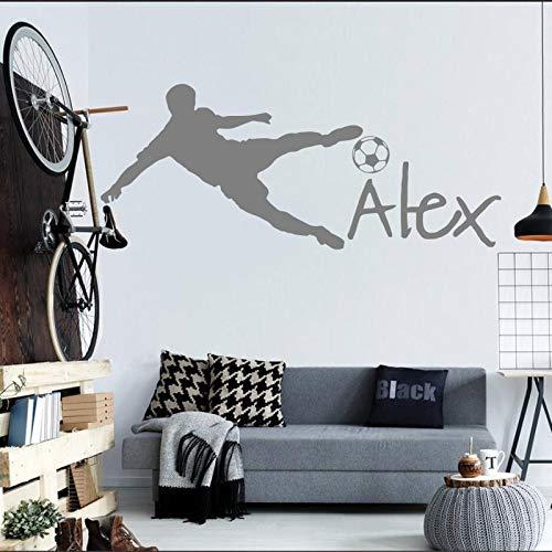 Voetbal muur Cup Peeling voetbal gepersonaliseerde naam Vinyl muur Sticker Art kind muur Sticker kinderkamer decoratie 63x142.5cm
