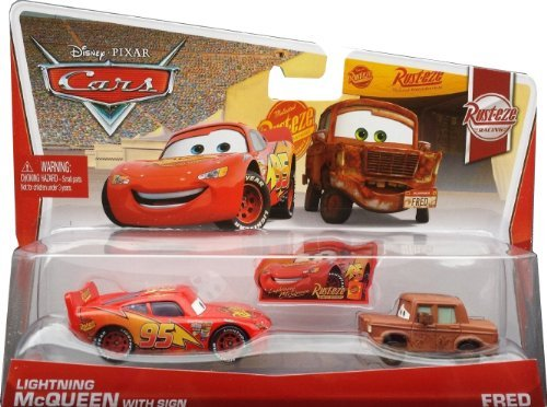 Disney Pixar Cars Lightning McQueen with sign & Fred (Rust-eze Racing, #5, #6 of 8) - Voiture Miniature Echelle 1:55