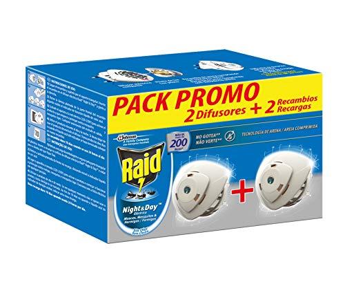 Raid ® Night & Day - Pack 2 Aparato electrico anti moscas, mosquitos y hormigas. Enchufe inoloro con más de 200 horas de protección. Incluye 2 Difusor y 2 Recambio