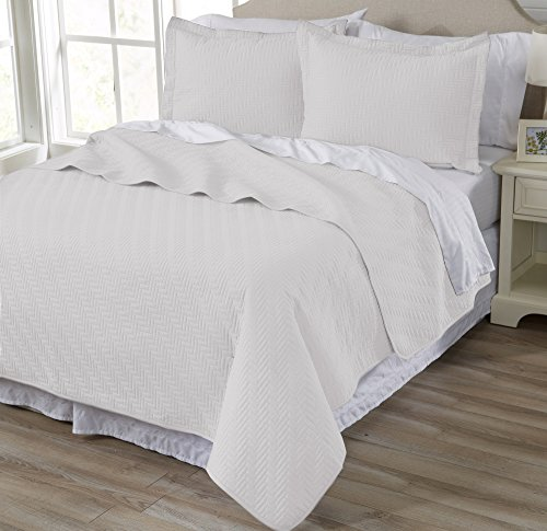 Home Fashion Designs 3-Piece All Season Quilt Set. King Size Quilt with 2 Shams. Soft Microfiber Bedspread and Coverlet. Emerson Collection (Pewter)