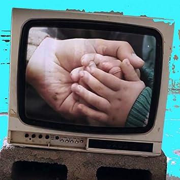 Think of Others - Solidarity Project (feat. Norman Issa, Peter Yarrow, Noa Achinoam Nini, Miriam Toukan, Kobi Farhi, Adam Gorlizki, David Broza, Bassam Beroumi, Yossi Zabari, Sameh Saz Zakout)