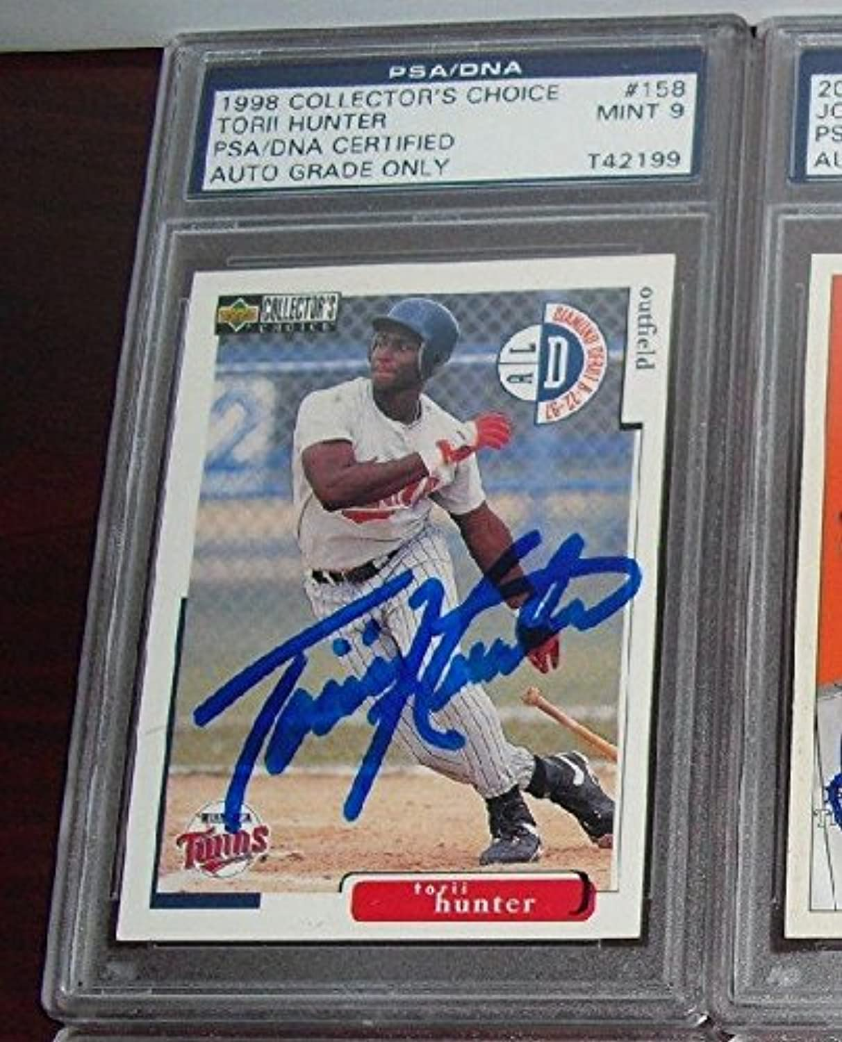 1998 Ud Collector's Choice Torii Hunter Signed Rookie Auto  158 9 Mint Twins  PSA DNA Certified  Baseball Slabbed Autographed Rookie Cards