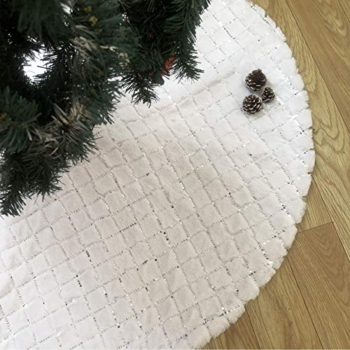 N /A RUISE HOME Plush White Christmas Tree Skirts, 48 Inches Luxury Xmas Tree Base Cover Mat with Silver Sequins for Merry Christmas Holiday Home Decorations Tree Decoration (Rhombus, 48 inches)