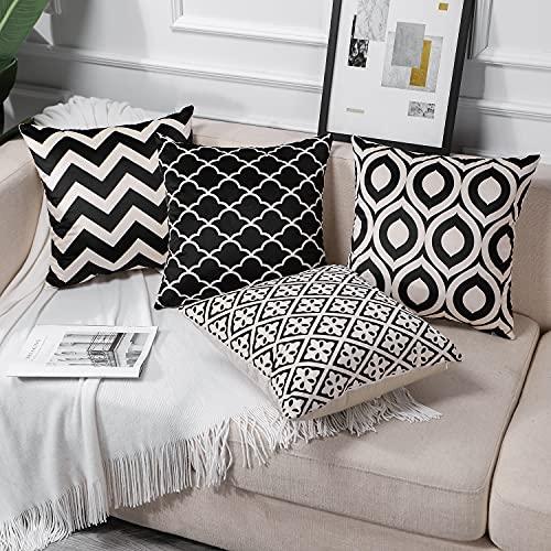 JOTOM Funda de cojín con diseño geométrico de 45 x 45 cm, juego de 4 fundas de cojín decorativas para sofá, coche, terraza, exterior, cama, terraza, oficina (negro y blanco)