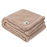 Allisandro Premium Fluffy Dog Blanket- Soft And Warm Fleece Blanket for Pet- Puppy Cat Blanket and Throw- Durable and Washable Five Color Three Size Avaiable