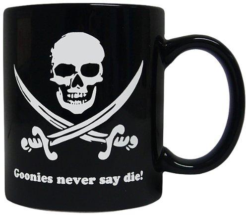 SD toys Taza Goonies Never Say Die!