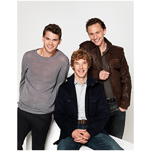 Tom Hiddleston 8 x 10 Photo Benedict Cumberbatch War Horse Jeremy Irvine smiling group