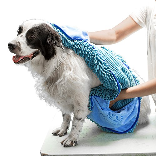 Tuff Pupper Large Dog Shammy Towel with Hand Pockets