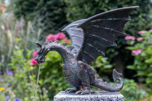 IDYL Rottenecker Bronze-Skulptur Drachenvogel Terrador klein, wasserspeiend   14x15x19 cm   handgefertigt   Garten- oder Teich-Dekoration   Hochwertiges Kunsthandwerk   Wetterfest