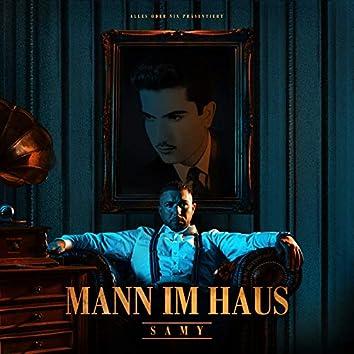 Mann im Haus