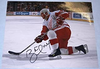 Brett Hull Autographed Detroit Red Wings 11x14 Photo W/PROOF, Picture Of Brett Signing For Us, St. Louis Blues, Dallas Stars, Calgary Flames, Hall Of Fame, Stanley Cup Champion