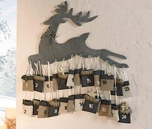 depot8 Wunderschöner Adventskalender Rentier Holz liebevoll dekoriert mit schimmernder Satinschleife und Metallglöckchen, 24 kleine Textilsäckchen in harmonisch abgestimmten Grau- und Naturtönen