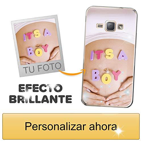 Funda móvil Personalizada con Efecto Brillante para Samsung Galaxy J1 2016 con Tu Foto, Imagen o Frase - Funda Blanda en TPU Gel Transparente - Impresión de máxima Calidad