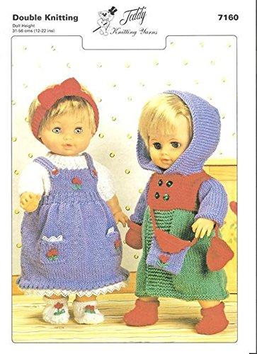 Teddy Breipatroon - Dubbele gebreide poppen outfits. Met dit eenvoudig te volgen patroon kunt u de trui, jurk, schoenen, jas, haarblad, tas en wanten breien.
