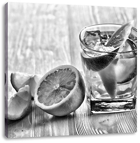 Gin-tonic met citroen schotCanvas Foto Plein | Maat: 60x60 cm | Wanddecoraties | Kunstdruk | Volledig gemonteerd