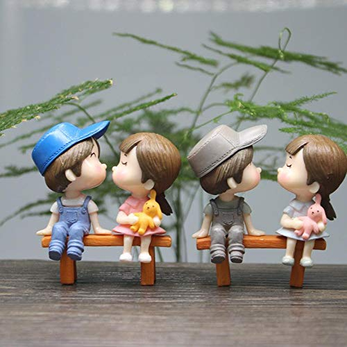 Eeauytr Romantic Couples Figurines, Homely Creative Furnishing Articles Display, Lovely Bench Kiss Lovers Doll Durable Green Plant Decorations