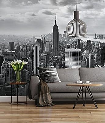 Photomural impreso en 8 partes en papel blueback Muestra un paisaje del horizonte de la ciudad de Nueva York en blanco y negro Si el pared es más pequeña, este fondo de pantalla se puede cortar después de la instalación La caja contiene 1 x fotomural...