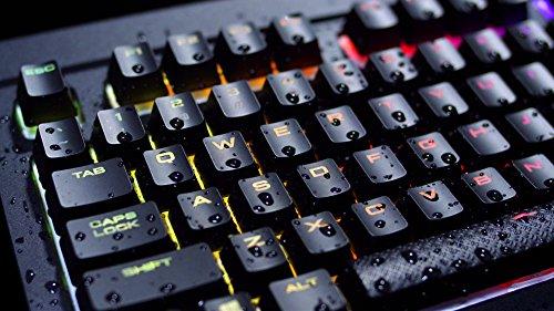 Corsair K68 RGB Tastiera Meccanica Gaming Cherry MX Red, Lineare e Veloce, Retroilluminato RGB LED, Resistente all'Infiltrazione di Polvere e Liquidi, Italiano, QWERTY, Nero