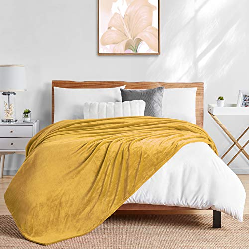 """Walensee Fleece Blanket Plush Throw Fuzzy Lightweight (King Size 108""""x90"""" Honey Gold) Super Soft Microfiber Flannel Blankets for Couch, Bed, Sofa Ultra Luxurious Warm and Cozy for All Seasons"""