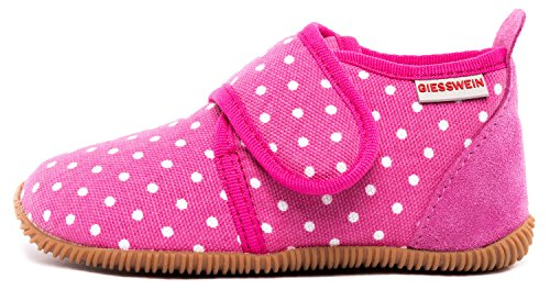 GIESSWEIN Hausschuh Stans - Slim Fit - Kinder Hausschuhe Unisex | Bequeme Baumwoll Slipper | Mädchen Pantoffeln mit Punkten | rutschfest,26 EU, Himbeer 364