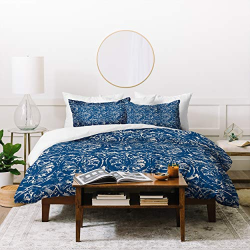 Blue Queen Coverlet And Pillowcase Set