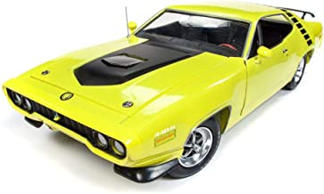 Auto World 1971 Plymouth Road Runner Hard Top, Yellow AMM1158 - 1/18 Scale Diecast Model Toy Car