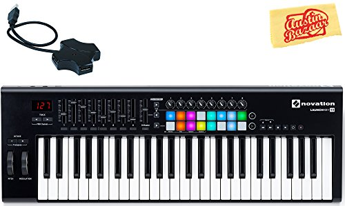 Novation Launchkey 25 Keyboard Controller Bundle with USB Hub and Austin Bazaar Polishing Cloth