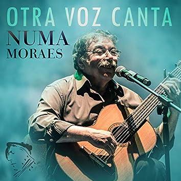Otra Voz Canta (En Vivo)