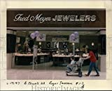 Vintage Photos 1997 Press Photo Fred Meyer Inc Fred Meyer Jewelers orb97242