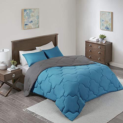 Comfort Spaces Vixie Comforter Set-Modern Geometric Quaterfoil Cloud Quilted Design All Season Down Alternative Bedding, Matching Shams, Full/Queen(90x90), Microfiler Reversible Teal/Dark Gray