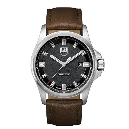 Luminox Dress Field XL.1831 Reloj de pulsera Cuarzo Hombre correa de Cuero Marrón