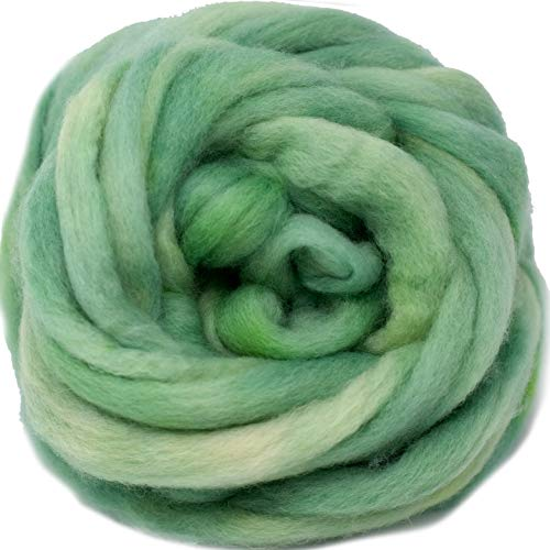 Wool Roving Hand Dyed. Super Soft BFL Combed Top Pre-Drafted for Easy Hand Spinning. Artisanal Craft Fiber ideal for Felting, Weaving, Wall Hangings and Embellishments. 1 Ounce. Ocean Green